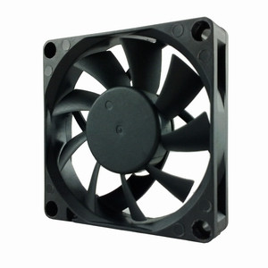 SD7015H1B, вентилятор 70x70x15 мм