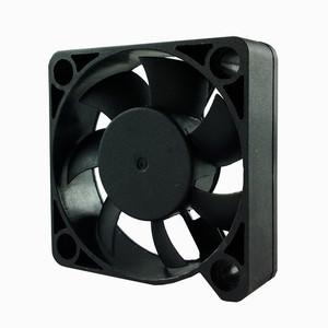 SD5015M5S, вентилятор 5В DC, 50х50х15 мм, подшипник скольжения, sensdar