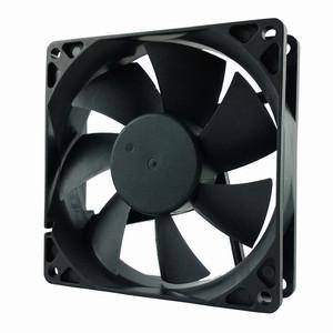 SD9225L4S, вентилятор 92x92x25 мм