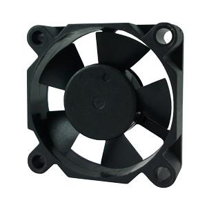 SD3510L5B, вентилятор 5В DC, 35х35х10 мм, подшипник качения, sensdar
